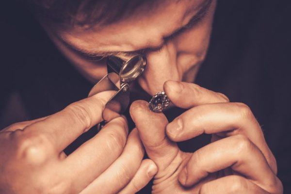 Pourquoi le diamant coûte cher ?